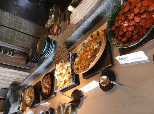 2675食べ放題の惣菜たち