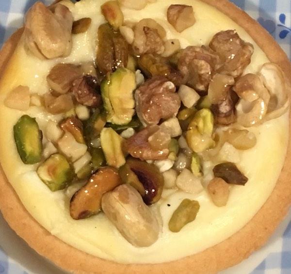 オーブンラボ ミックスナッツふわとろチーズケーキ